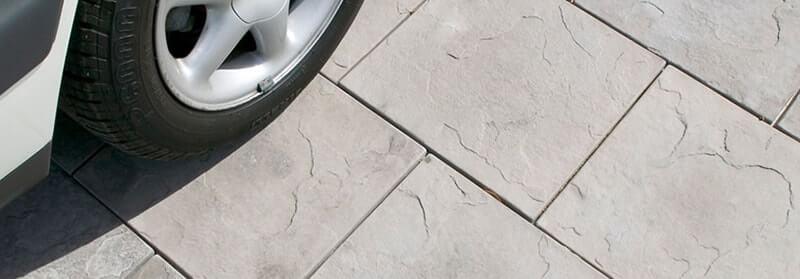 60mm paving for a driveway in Castlestone Slate pattern