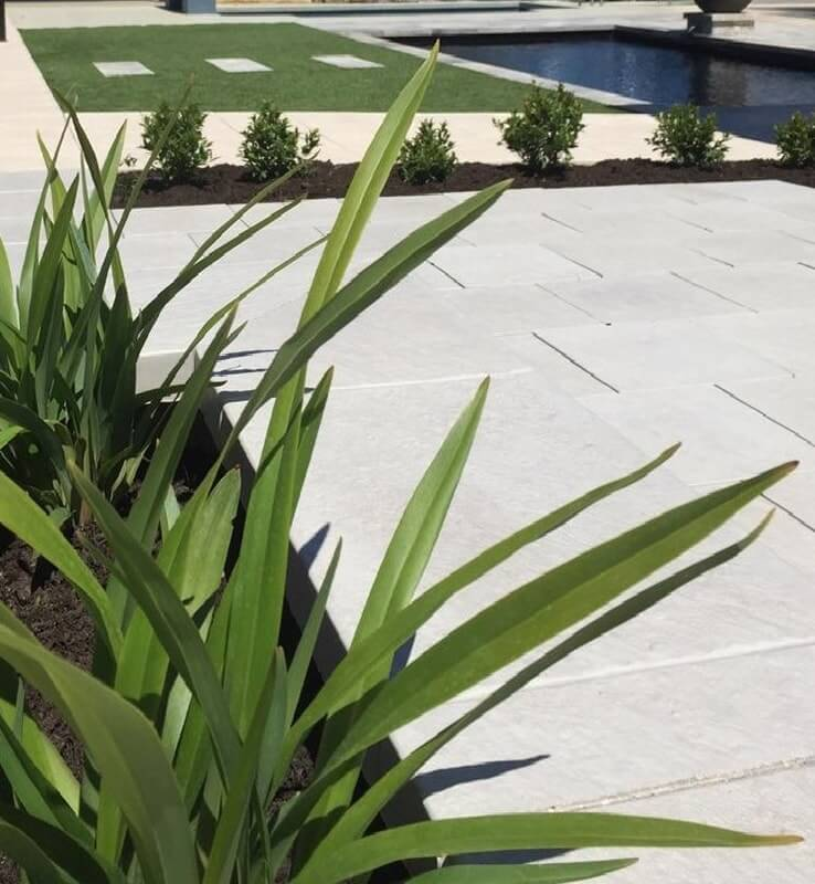 Castlestone Silver Grey and Champagne coloured paving and capping at Joondalup display