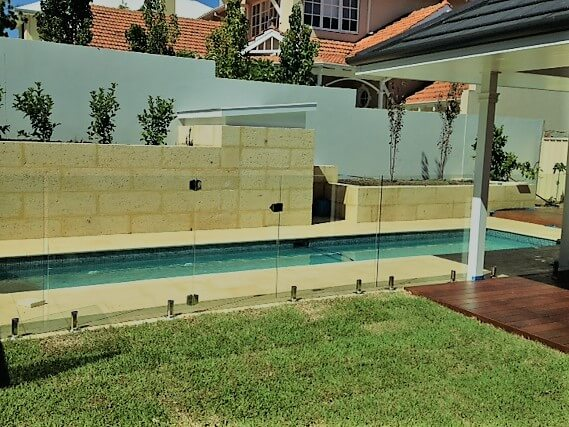 Lap Pool in Reef Sandstone